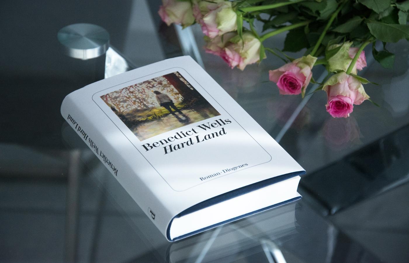 Leserunde im Buchclub:  »Hard Land« von Benedict Wells